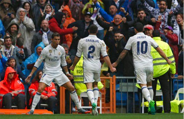 Cristiano, homenajeado por sus 400 goles madridistas: