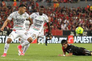 López Chargoy liquida adeudos que debía en Jaguares