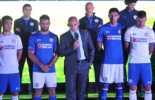 538540eee Cruz Azul presenta su playera para el Apertura 2017