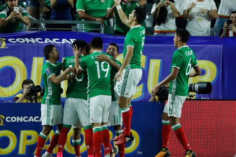 México vence a Honduras y avanza a Semifinales