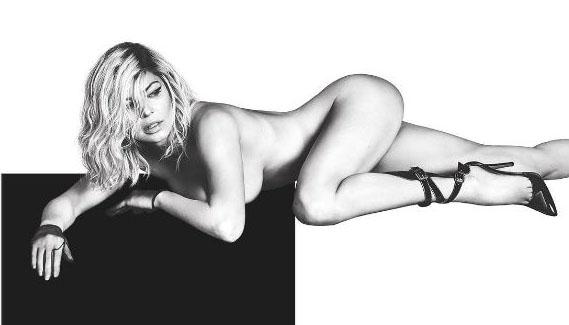 Fergie Se Desnuda Y Deja Al Descubierto Su Escultural Figura