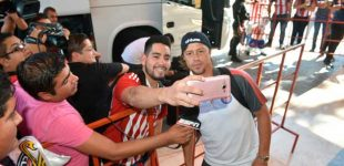 Chivas llega a la Comarca para su juego ante Santos