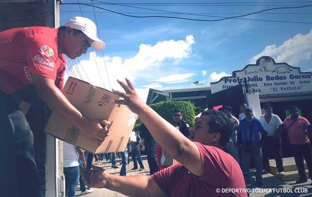 Toluca continua con sus labores de ayuda a damnificados