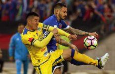Futbol chileno rinde homenaje a victimas del sismo en México