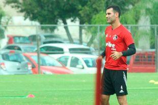 Atlas autoriza a Rafa Márquez regresar a los entrenamientos