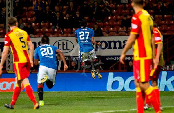 Rangers califica a Semifinales de Copa con golazos de 'Gullit' y Herrera