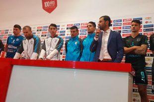 Jugadores de Gallos respaldan a Jaime Lozano