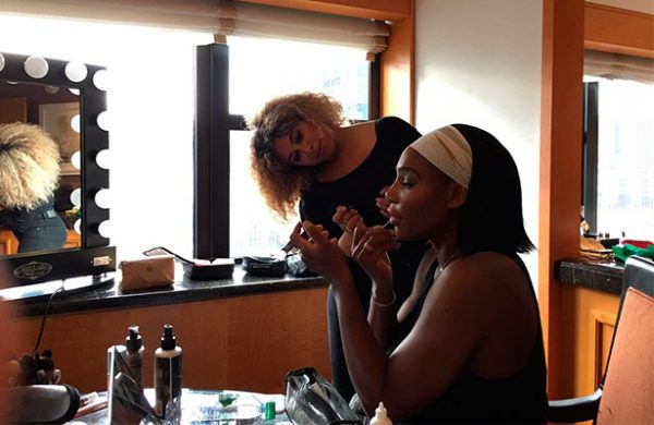 Serena Williams debuta como mamá ¡de una niña!