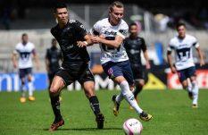 Monterrey le da a Patiño su primer derrota con Pumas
