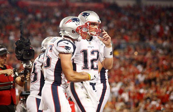Los Patriots sufren de más para vencer a los Bucs