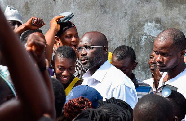 Exfutbolista George Weah fue electo presidente de Liberia — VENEZUELA