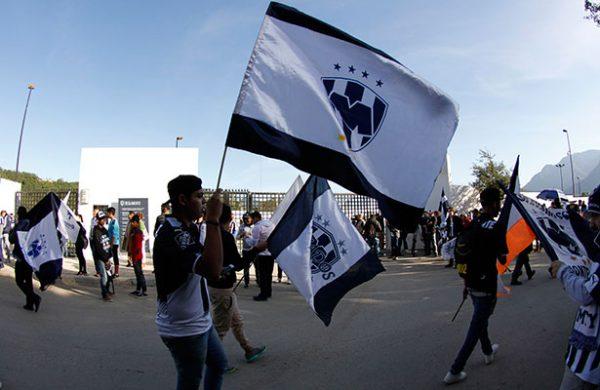 Aficiones de Rayados y Tigres paralizan Monterrey por Gran Final