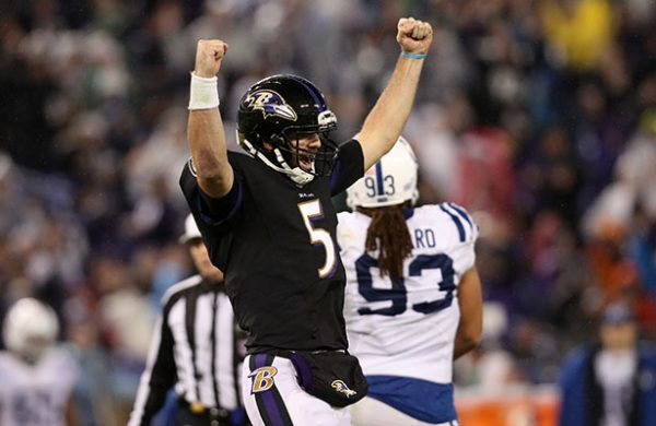 Flacco y Ravens vencen a Colts y se acercan a playoffs