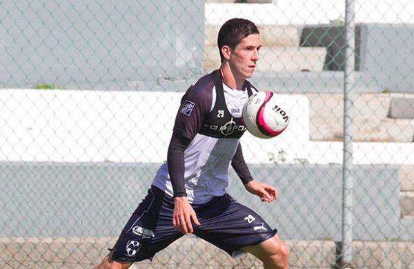 Marco Bueno llega al Everton de Chile