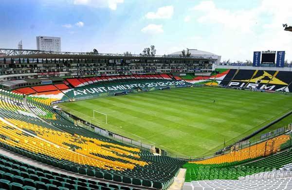 Roberto Zermeño reitera que León puede usar el estadio Nou Camp, pero el equipo anunció su mudanza a Aguascalientes