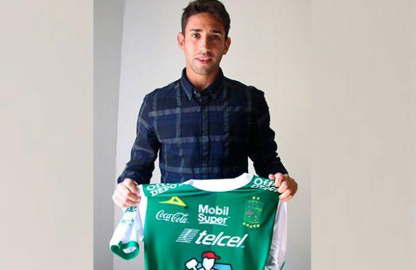 Ajeno a lo extracancha; Cecchini llegó al León buscando grandes objetivos