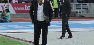 Memo Vázquez se fue consternado tras la goleada en la BUAP