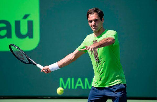 Kokkinakis eliminó a Roger Federer y lo sacó de la cima