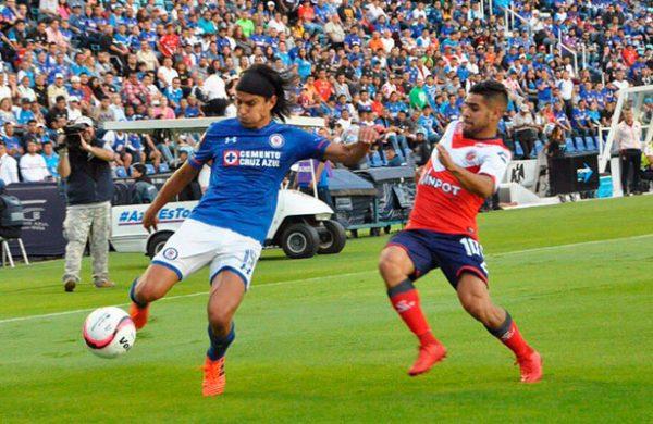 Cruz Azul pierde su hombre gol para duelo ante América