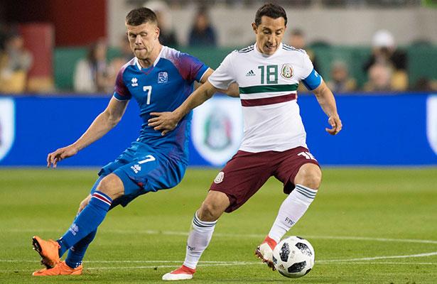 'Chucky' quiere compañía mexicana en el PSV y avaló a Pizarro