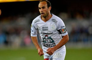 VIDEO: Donovan se estrena como goleador de León