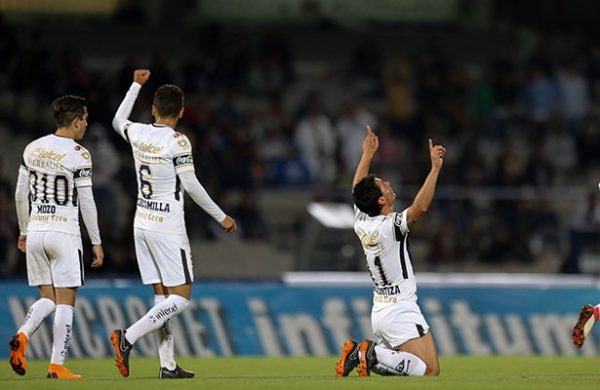 Lobos cierra preparación y viaja para su duelo de Copa ante Pumas