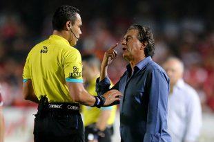 Romano explota: pide árbitros más preparados