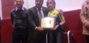 Carmen Muñoz recibe reconocimiento por su trayectoria