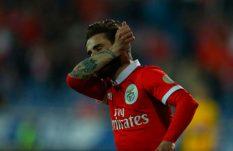 Jiménez y Benfica recuperan primer lugar de liga