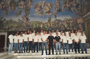 Santos visitó la réplica de la capilla sixtina