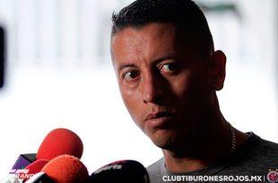 Veracruz saldrá a proponer ante Chivas, señala Carlos Esquivel