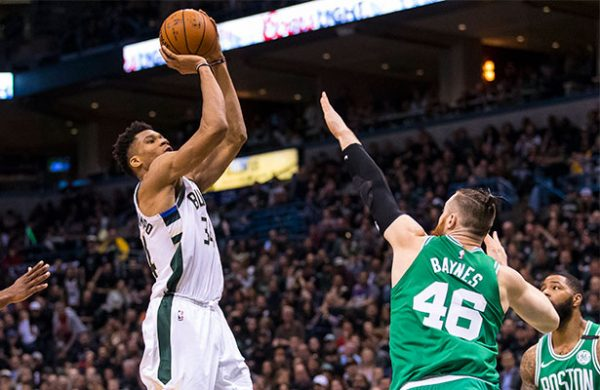 Boston Celtics batió a Milwaukee Bucks y jugará semifinales del Este