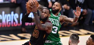 LeBron empata la serie ante Boston y se apunta otro récord