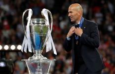 Zidane, primer DT en ganar tres Champions seguidas