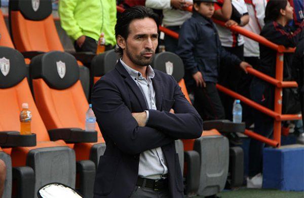 Bassa confirma a Espinoza como técnico del Atlas