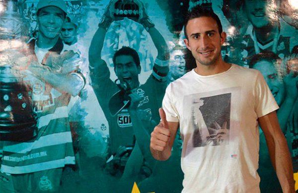 Santos Laguna negocia a Carlos Izquierdoz con Boca Juniors