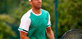 Santy González va por la gloria en Roland Garros