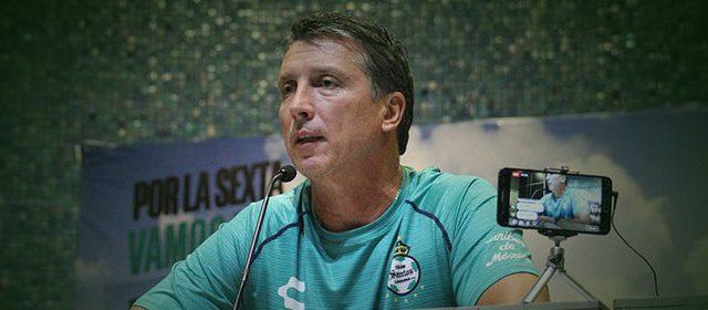Siboldi aclara rumores sobre salidas de Santos Laguna