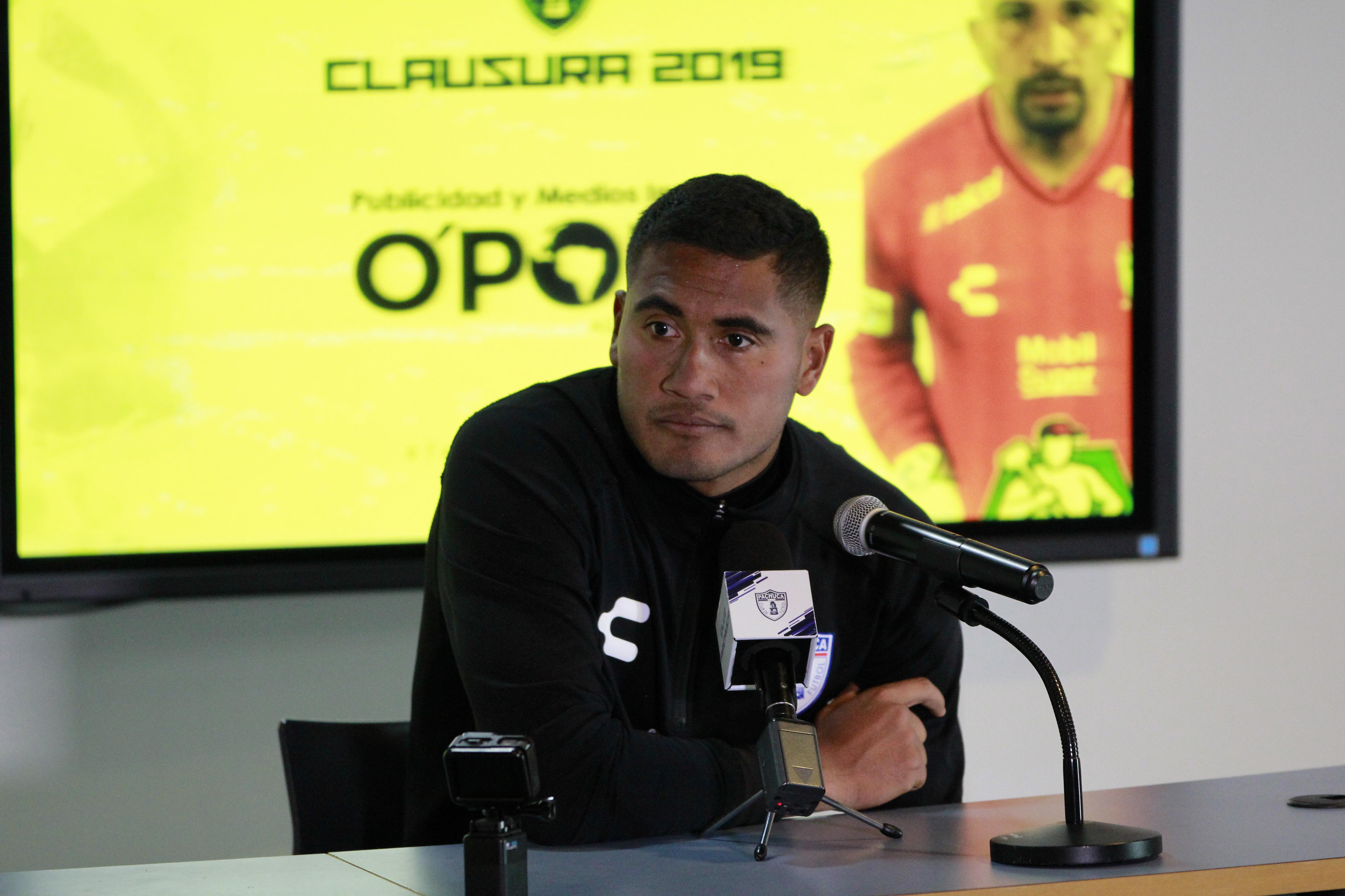 Paco Ayestarán es el primer técnico cesado en el torneo