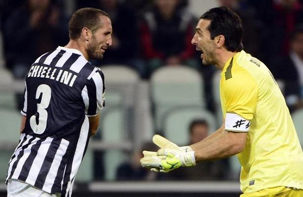 Juventus pisó fuerte y está en octavos
