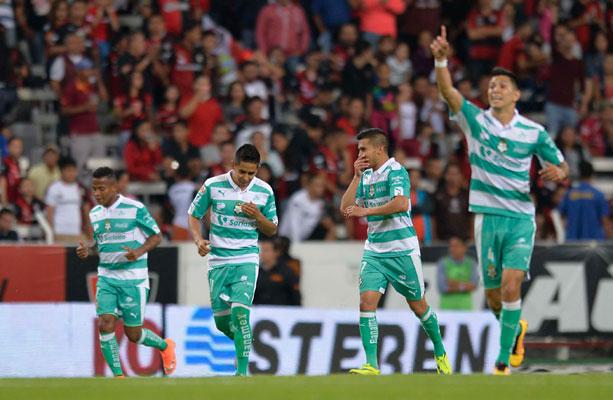 Filtran los posibles nuevos jerseys de Santos a8621ccb191d7