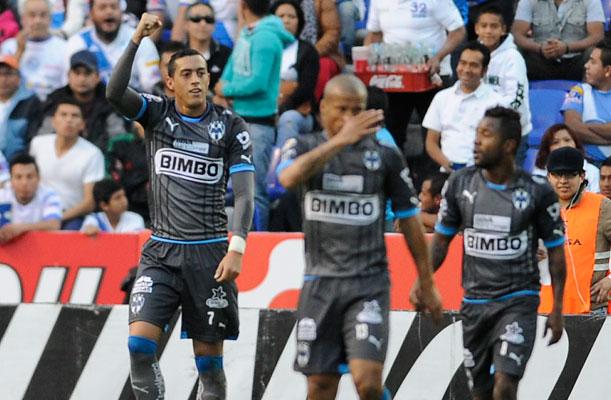 Avilés y Pabón, figuras con Monterrey, que venció 3-1 al Querétaro