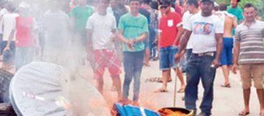 Ataques de brasileños obligan a venezolanos abandonar el país
