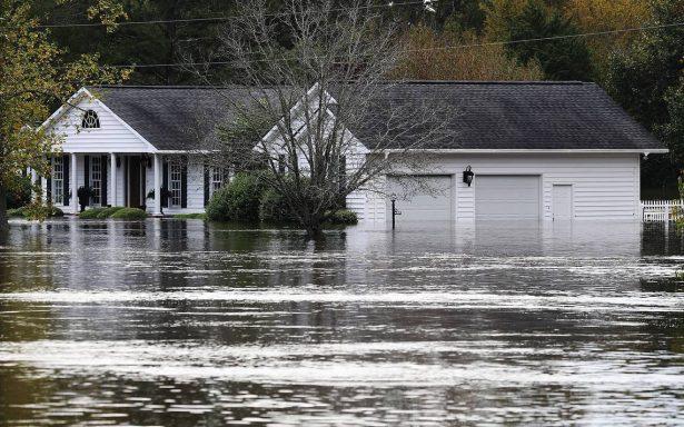 Trump viajará mañana a Carolina del Norte tras devastación de Florence