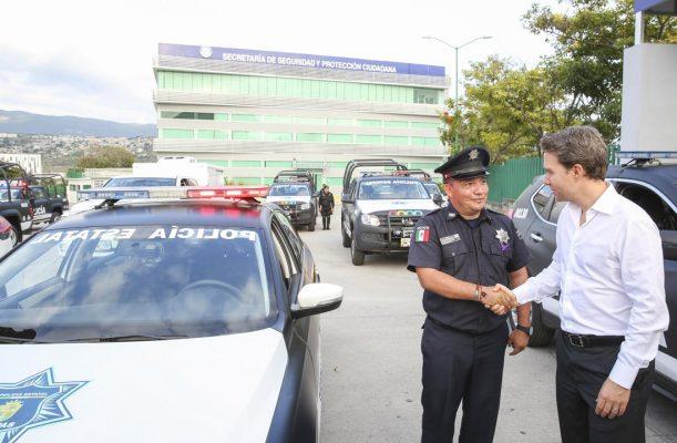 Entrega Velasco 35 patrullas para fortalecer la seguridad