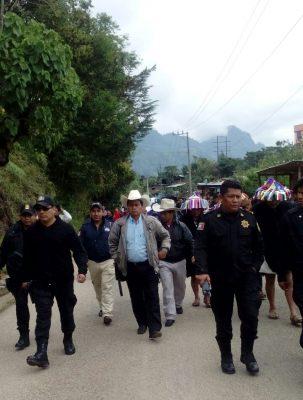 Familias desplazadas de Chenalhó regresaron a sus hogares