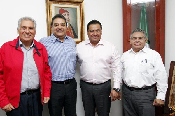 Se reúne Trinidad Palacios con magistrados penales