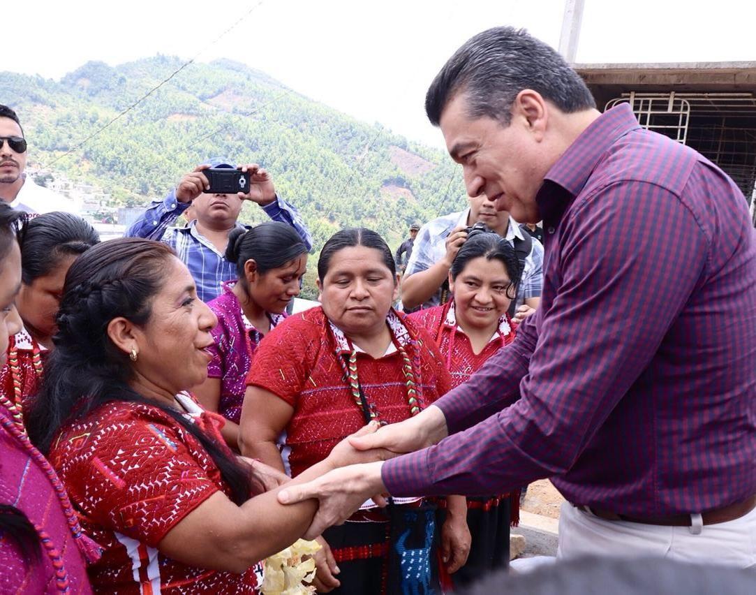 Rutilio Escandón se comprometió a mejorar las condiciones de vida de la gente y a respetar los derechos de todos