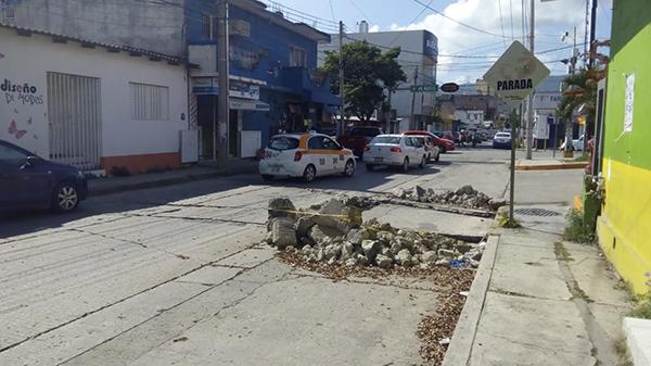 Ayuntamiento capitalino deja en abandono labores de reparación