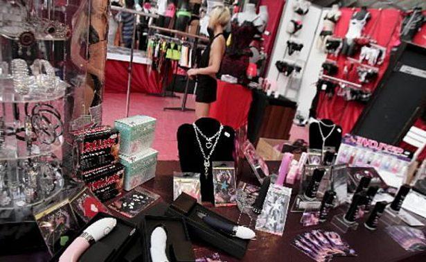 Venta de juguetes sexuales en sex shops van en aumento por Día del Amor